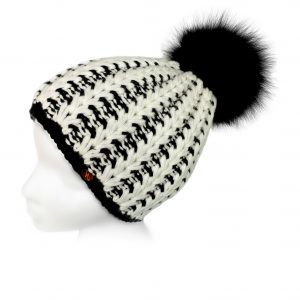 <strong>LIZA</strong><br>Cashmere Hand-Knit Hat With Fur Pom Pom