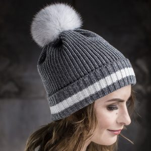 <strong>MARIE</strong><br>Cashmere Blend Hat With Stripe and Sparkles