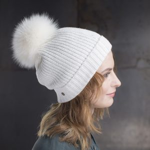 <strong>MARIE</strong><br>Cashmere Hat With Sparkles