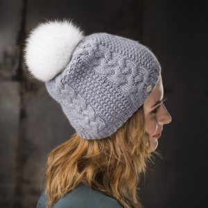 <strong>LORIE</strong><br>Cashmere Hat With Fur Pom Pom