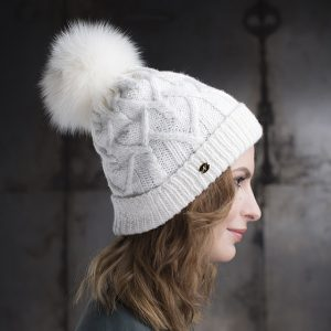 <strong>GALINA SPORT</strong><br>Cashmere Hand-Knit Hat With Fur Pom Pom