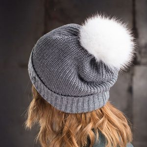 <strong>MARIE</strong><br>Cashmere Hat With Sparkle Fold